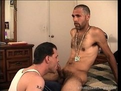 Vinnie Gives Straight Latino Enrique A Killer BJ