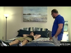 Daddy has fun with a younger gay