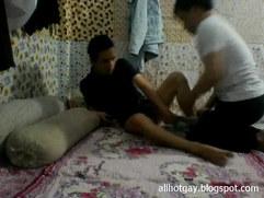 Vietnamese gay fucking on cam 1 - Giang vien Binh Duong