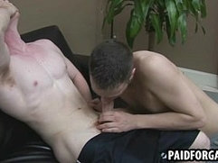 Straight hunk sucking on a cock for some money
