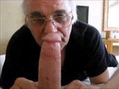 Old Man Sucking on a NIce big one